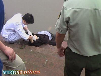 打捞溺水而亡的暴露少女尸体现场图集组图