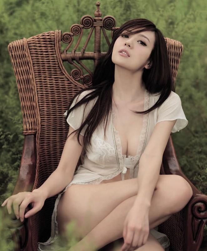 周韦彤/贵州走出来的美女!周韦彤战斗力五星