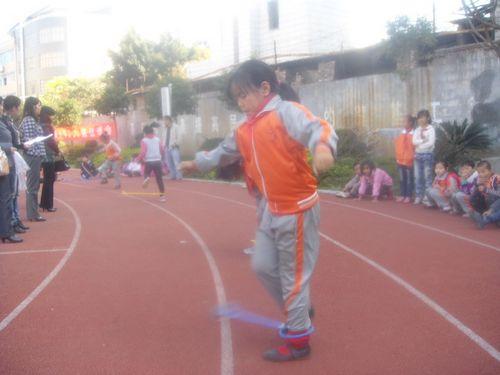 兴义市金城小学举办v小学风采QQ炫舞展学生闸北小学私立图片