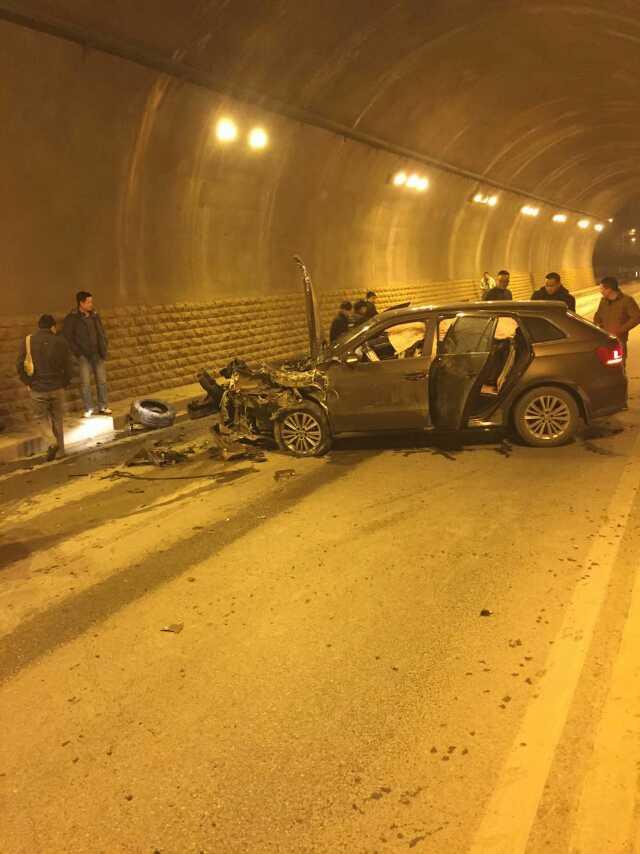 车祸现场.-兴义市将台营隧道又发生一起车祸