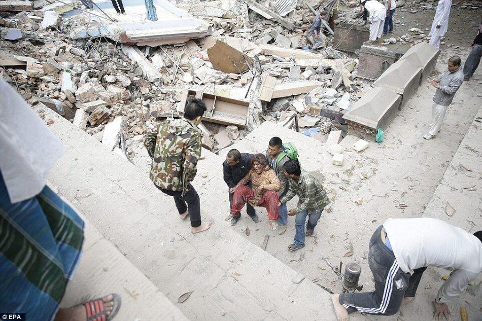 尼泊尔首都发生8.1级地震