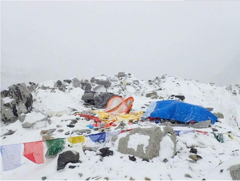 尼泊尔8.1级地震致珠穆朗玛峰发生雪崩