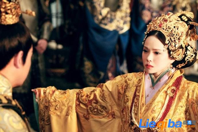 曹操为何将三个女儿嫁给傀儡皇帝 曹操嫁三女是笑话吗