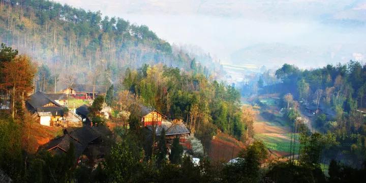 思南县隶属于贵州省铜仁市,境内有国家级自然保护区梵净山.