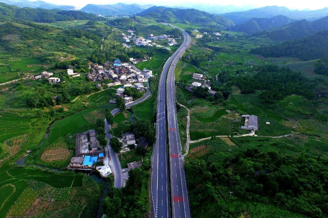 最美县级公路的风景