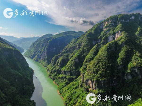 贵州七舍晚上风景