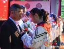 兴义八中高三毕业典礼举行:千人宴情深长 泪水与欢笑交织